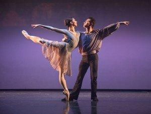 "Diablo Ballet dancers Amanda Farris and Felipe Leon in Sally Street's ""Encores"" Photo by Bilha Sperling"