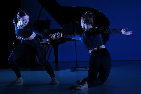 "BalletNext dancers Natalie Stys and Violetta Komyshan in Michele Wiles's ""Experience"" Photo by Eduardo Patino"