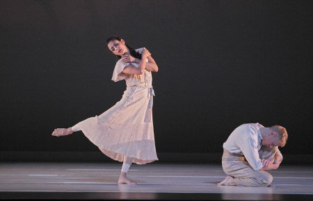 "Paul Taylor Dance Company members Parisa Khobdeh and Michael Trusnovec in ""Eventide"" Photo by Paul B. Goode"