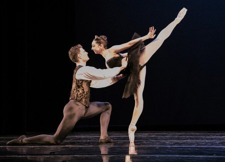 "Diablo Ballet dancers Jordan Tilton and Raymond Tilton in the Black Swan Pas de Deux from ""Swan-Lake"" Photo by Bilha Sperling"