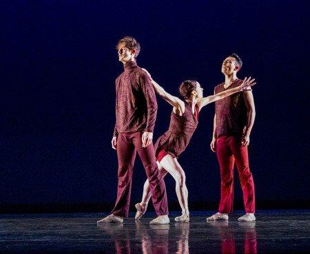 "Diablo Ballet dancers (l-r) Alex McCleery, Jackie McConnell, and Felipe Leon in Sonya Delwaide's ""Trait d'union"" Photo by Bilha Sperling"