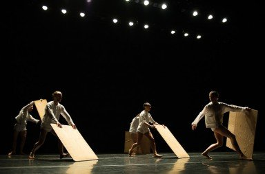 "Brian Brooks Dance members in ""Division""   Photo by Christopher Duggan"