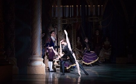 Pennsylvania Ballet Principal Dancer Oksana Maslova and Corps de Ballet Member Jack Thomas in Swan Lake Photo: Alexander Iziliaev