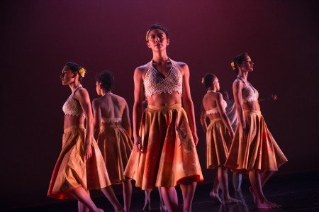 "Ballet Hispanico dancers in Michelle Manzanales's ""Con Brazos Abiertos"" Photo by Paula Lobo"
