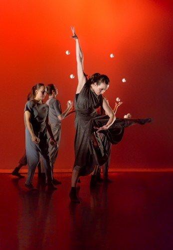 "Gandini Juggling and Alexander Whitley's ""Spring"" Photo: Simon Carter"
