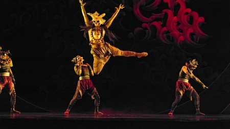 "Cyril Aran Fallar and members of Ballet Philippines in George Birkadze's ""Firebird"" Photo by Justin Bella Alonte"