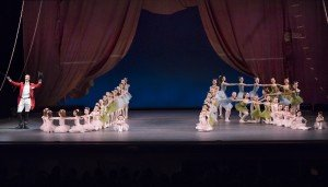 """Ask la Cour and Students of the School of American Ballet in Jerome Robbins's """"Circus Polka"""" Photo by Paul Kolnik"""