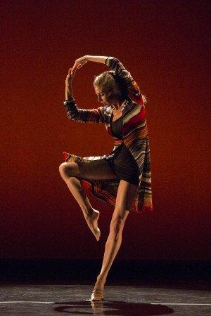 "Abby Silva Gavezzoli in David Parson's and Gavezzoli's ""Reflections"" Photo by Yi-Chun Wu"
