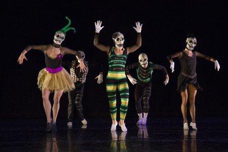 "Parsons Dance in Trey McIntyre's ""Ma Maison"" Photo by Yi-Chun Wu"