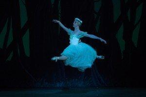 Ballet Nacional de Cuba's Ginett Moncho as Myrtha, Queen of the Wilis, photo by Teresa Wood