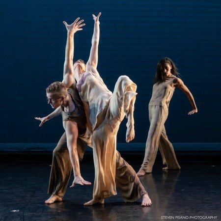 "Members of Jennifer Muller / The Works in ""Shock Wave"" Photo by Steven Pisano"