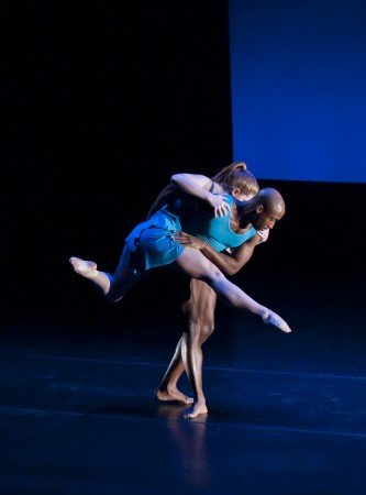 "Members of Carolyn Dorfman Dance in ""Waves"" Photo by Daniel Hedden"