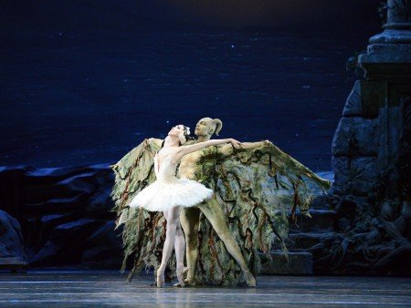 "Hee Seo, here with Roman Zhurbin, in a prior performance of ""Swan Lake"" Photo by Gene Schiavone"