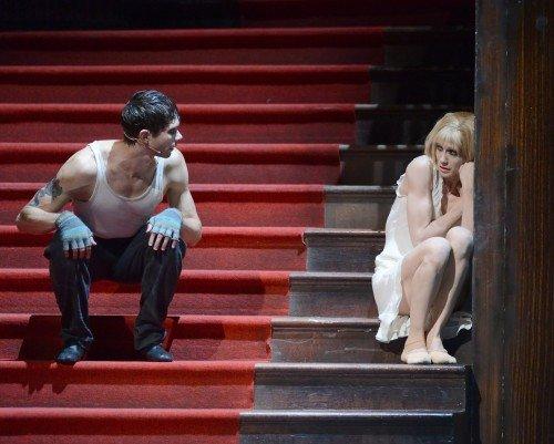Alicia Amatriain as Lulu and Louis Stiens as Schigolch. Photo Stuttgart Ballet