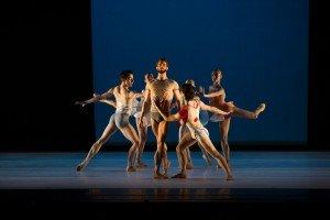 """James Whiteside (center) and members of Gemma Bond Dance in """"Inner Voices"""" Photo by Paula Lobo"""