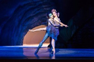 "Oregon Ballet Theater dancers Chauncey Parsons and Xuan Cheng in August Bournonville's ""Napoli"" Photo by Jingzi Zhao."