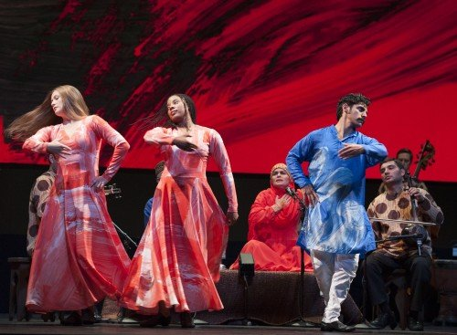 Mark Morris Dance Group & Silkroad Ensemble: Layla and Majnun Photo: Susana Millman