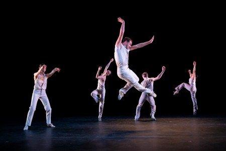 "(l-r) Mary Beth Hansohn, Kellie Drobnick, Matthew Dibble. Reed Tankersley and Kara Chan of Twyla Tharp Dance in a scene from ""Minimalism and Me"" Photo by Ian Douglas"