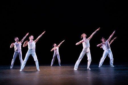 """Members of Twyla Tharp Dance in """"Eight Jelly Rolls"""" Photo by Ian Douglass"""