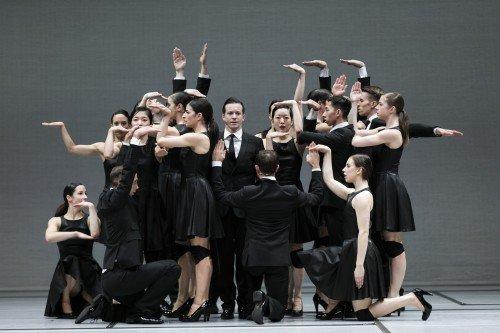 Sidi Larbi Cherkaoui's Noetic, GöteborgsOperans Danskompani Photo: Mats Backer