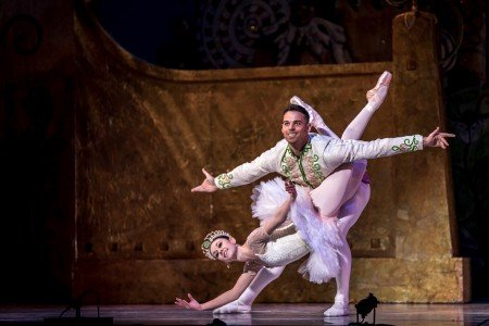 Jackie McConnell and Thomas Panto in Graham Lustig's The Nutcracker Photo Stephen Texeira
