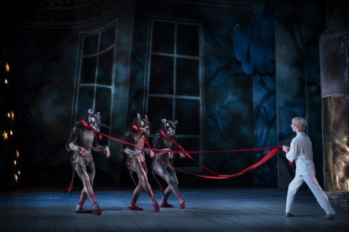 "Dancers of the Royal Swedish Ballet in ""The Nutcracker"" Photo: Markus Gårder"