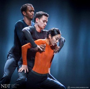 "NDT 2 dancers in Edward Clug's ""mutual comfort"" Photo by Joris Jan Bos"
