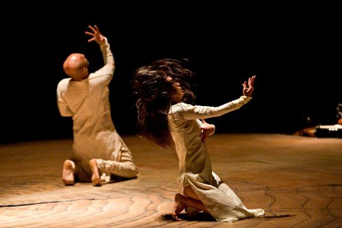 Ching-Ying Chien and Akram Khan in Until the Lions Photo: Jean Louis Fernandez