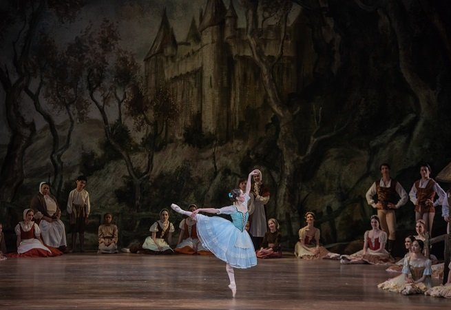 Pennsylvania Ballet Yuka Iseda as Giselle Photo: Arian Molina Soca