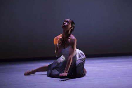 """Ballet Hispánico dancer Dandara Viega  in Edwaard Liang's """"El Viaje"""" Photo by Paula Lobo"""