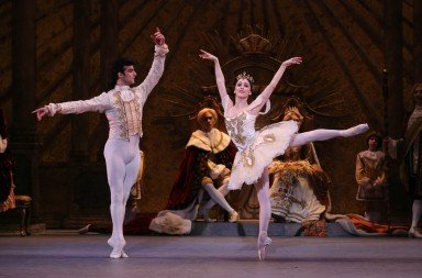 The Washington Ballet's Katherine Barkman and Rolando Sarabia, photo by xmb Photography