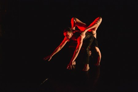 "slowdanger dancers (l-r) taylor knight and anna Thompson in ""memory 6"" Photo by David Gonsieer"