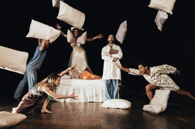 Deborah Slater Dance Theater in The Sleepwatchers Photo Robbie Sweeny