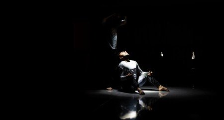 Rogelio Lopez & Dancers in Dichotomia del Silencio Photo Ryan Kwok